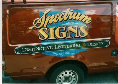 Spectrum Signs van sign